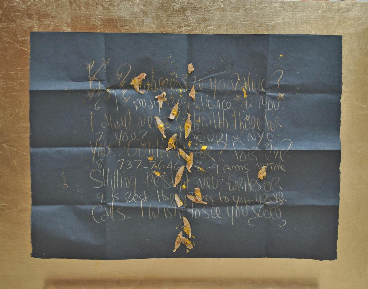 Collage di foglie su carta velina nera con scritte in oro, cm. 44.5 x 61